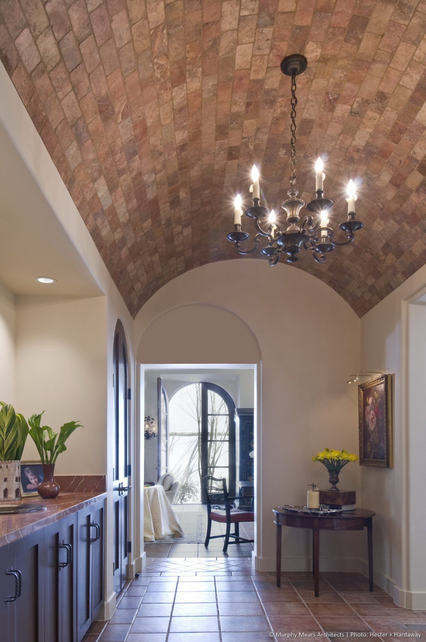 w-a-symmetrical-house-barrel-vault-ceiling