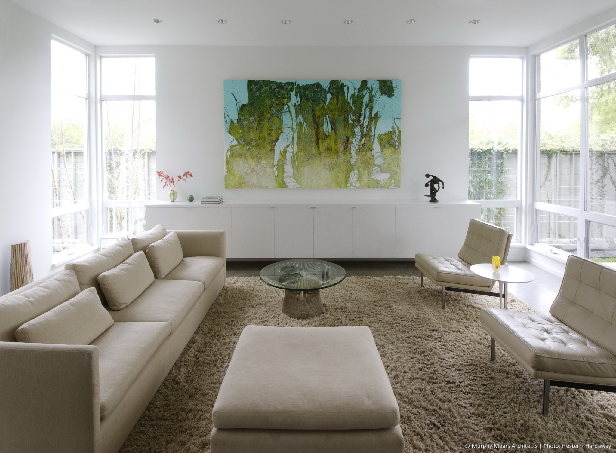 w-modern-bungalow-living-room-close-up