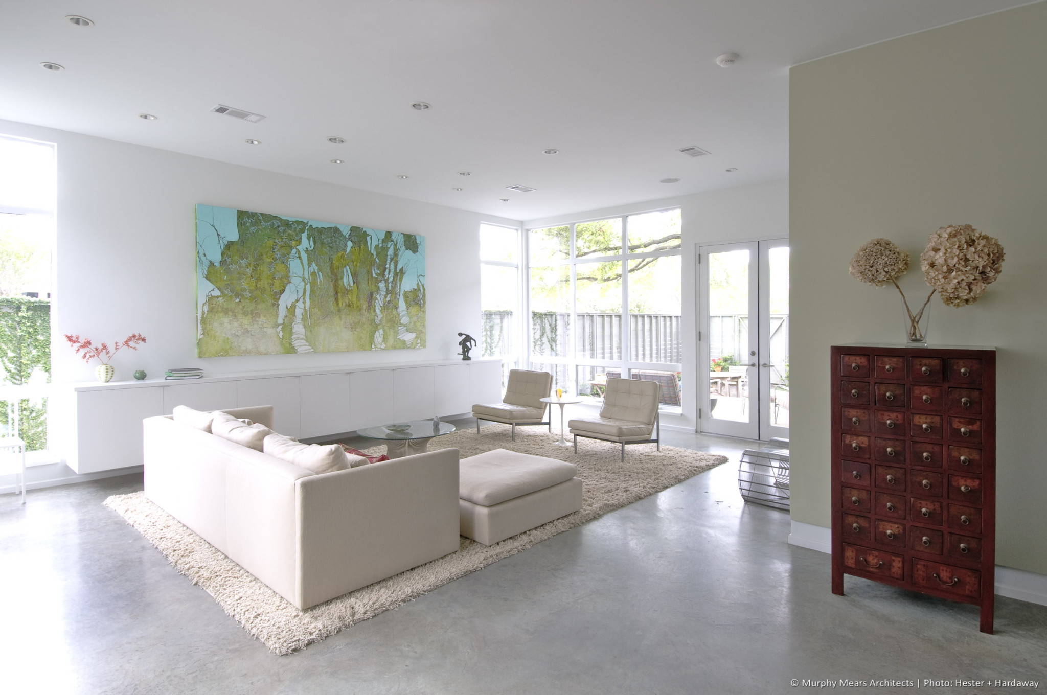 w-modern-bungalow-living-room
